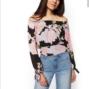 🎉5 for $25🎉 Soho Floral Off The Shoulder Blouse